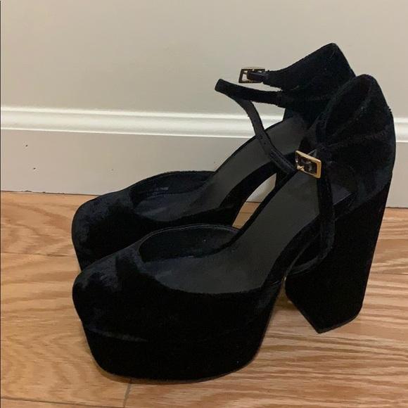 Black Velvet Platform Heels Super Comfy